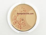 市販のファンデーションに可食インクジェットインクでダイレクトプリント。化粧品用インクジェットインクを開発することで対応が可能に