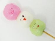 市販の三色団子に可食インクジェットでダイレクトプリント。表情をプリントするだけで更に華やかさがましました。