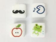 角砂糖にりんご、カエルなどのイラストをダイレクト印刷。